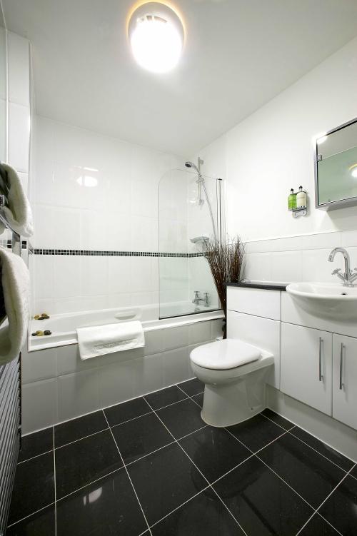 Реставрация ванн и поддонов в гостиницах