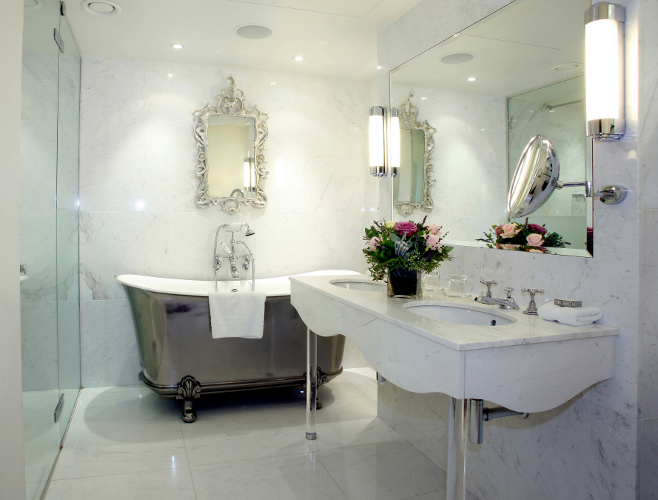 Реставрация ванн эмалью с высыханием 24 часа - 2400 рублей!